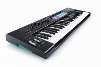 NOVATION Launchkey 49 MK2 - 3 roky záruka